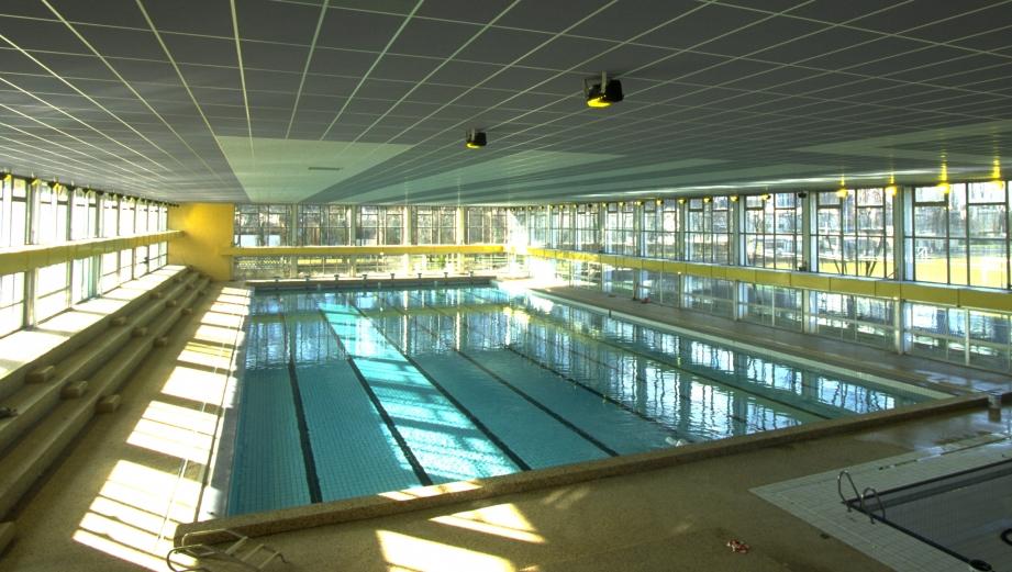 Ville de metz les piscines messines font peau neuve for Centre du sablon piscine
