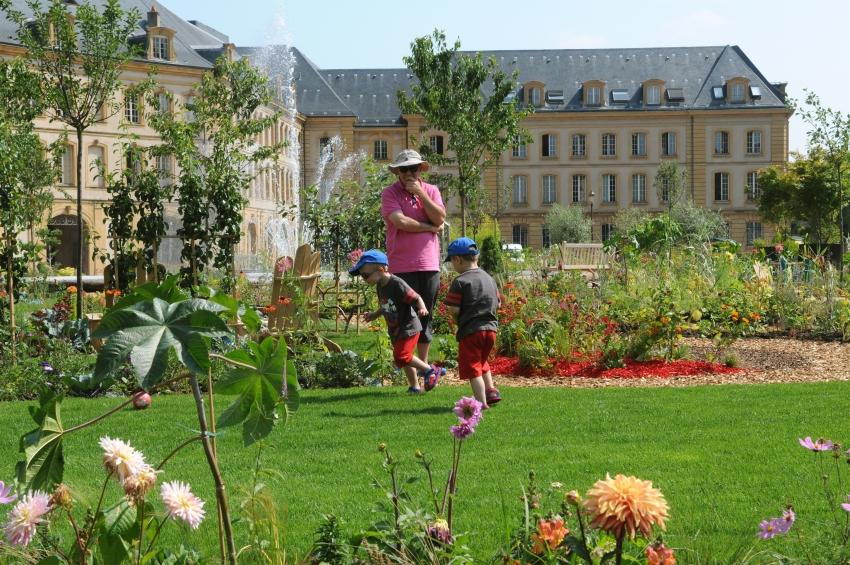 Ville de metz culture au jardin for Au jardin des deux ponts
